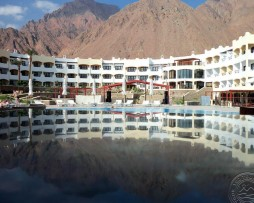 aquamarine_sun_flower_resort_4.jpg